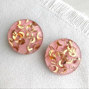 VINTAGE Glitter 1950s Pink Lucite Clip Earrings